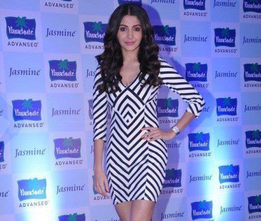 Anushka Sharma At Parachute Advansed Oil Event
