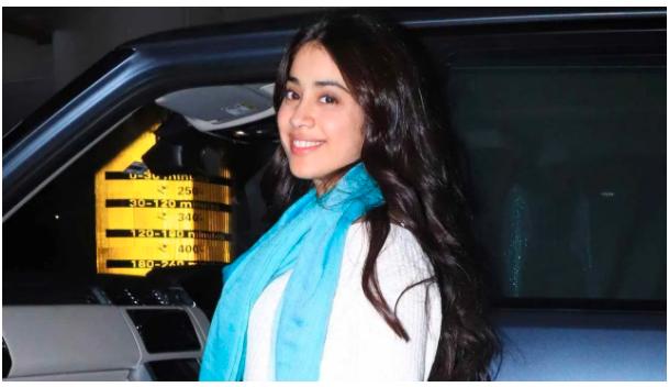 Janhvi Kapoor shares Sridevi's handwritten note for her