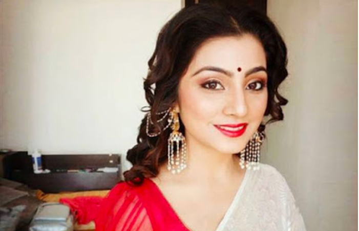 Tired of playing bahu on-screen, Neha Marda joins the social media bandwagon in a bid to change her image